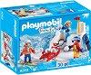 """Бой със снежни топки - Фигури с аксесоари от серията """"Playmobil: Family Fun"""" -"""