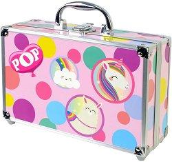 Детски козметичен комплект с гримове в метален куфар - POP Girl Color Train Case -