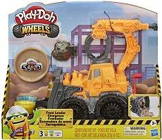 """Товарач - Творчески комплект с моделин от серията """"Play-Doh:Wheels"""" -"""