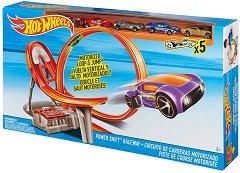 """Състезателна писта - В комплект с 5 метални колички от серията """"Hot Wheels"""" -"""