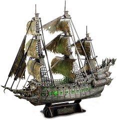 Кораб - Летящият Холандец -