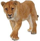 Лъвица - Фигура от серията Диви животни - фигура