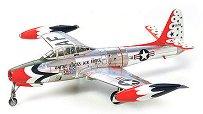 Военен самолет - Republic F-84G Thunderbirds - Сглобяем авиомодел - макет