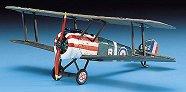 Военен самолет - Sopwith Camel - макет