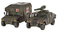 Военен джип с оръдие HMMWV M966 и военна линейка M997 -