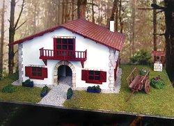 Провинциална къща в Биариц, Франция - Сглобяем модел от дърво и камък - макет