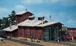 Работилница за поправка на двигатели на локомотиви - Сглобяем модел -